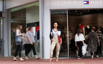 Tommy Hilfiger Hits Harbour Town!